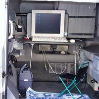 e-mobile 1(車内)